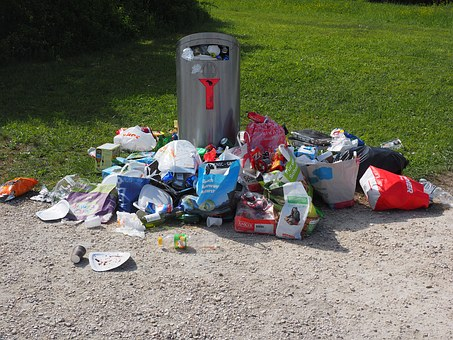 garbage-can-1260832__340.jpg